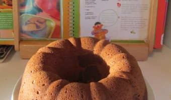 Sesame Street B is for Baking: 50 Yummy Dishes to Make Together!