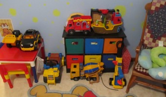 Big Boy Room: Toy Organizer