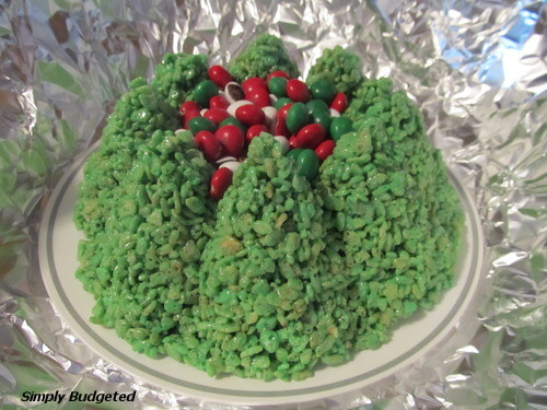 It's ... - Friday Favorites: Holiday Tree Bundt Pan