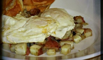 Meatless Monday:  Hashbrowns and Eggs