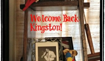 Elf on the Shelf: Welcome Back, Kingston!