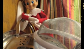Elf on the Shelf 2012: Day 3