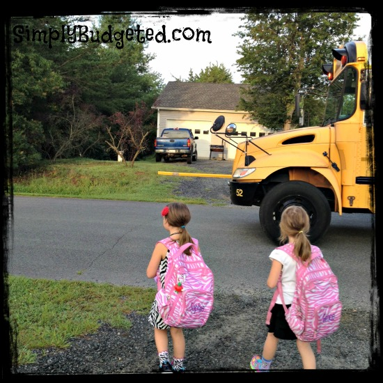 backtoschool2013-girls-and-bus-sb