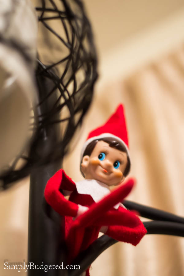 Elf-On-The-Shelf-4