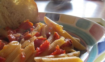 Meatless Monday:  Pasta with Fresh Tomato and Basil Sauce