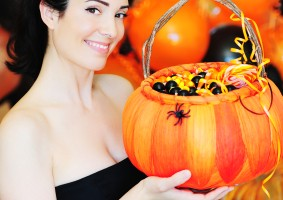 20 Trendy and Cheap Halloween Costumes for 2011