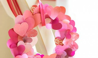 Pin It Tuesday #Pinterest – Heart Wreaths