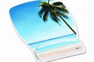 Friday Favorite: 3M Mouse Pad with Gel Wrist Rest