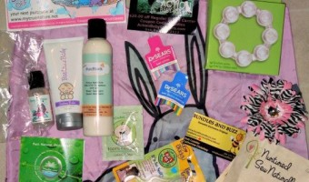 Bundles and Buzz – Super Baby Bundle Giveaway #babygifts