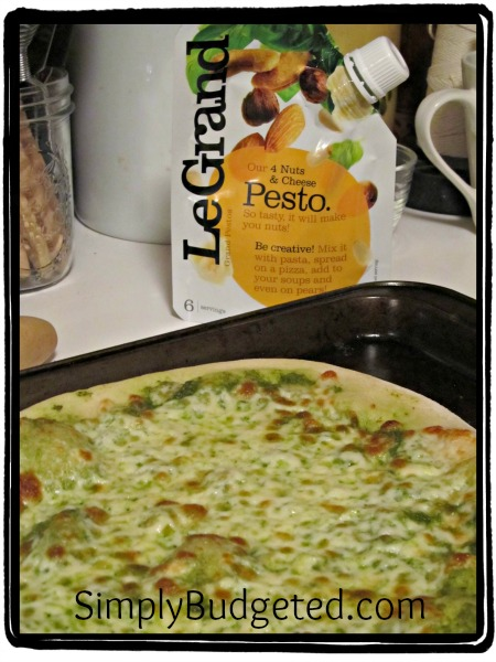 Le Grand Mozzarella-Pesto Pizza Recipe