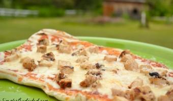 Hellmann's Grilled Chicken Parm Pizza