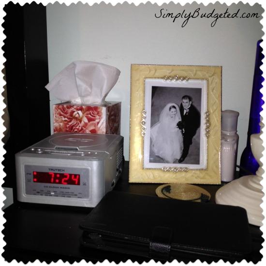 Kleenex nightstand