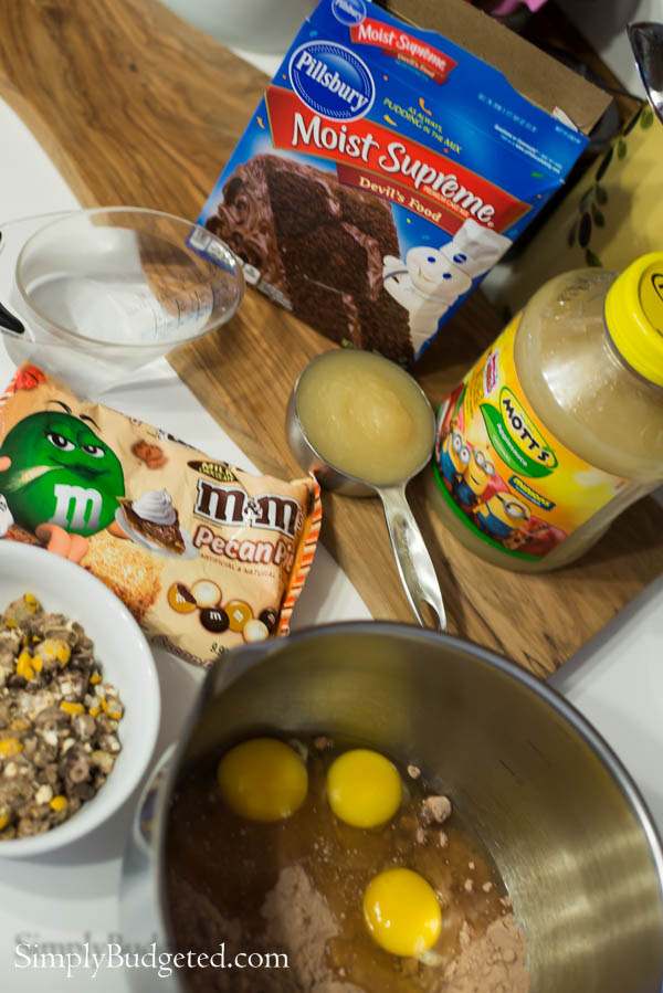 Chocolate-Pecan-Pie-Cupcakes-1