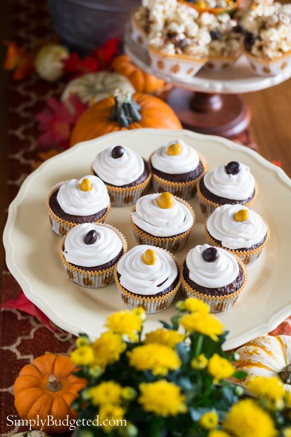 Chocolate-Pecan-Pie-Cupcakes-4